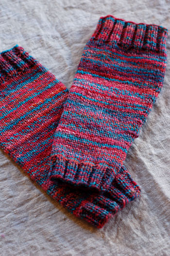 Knitting Pattern Leg Warmers Bulky Yarn : Handspun Leg Warmers Hello Yarn